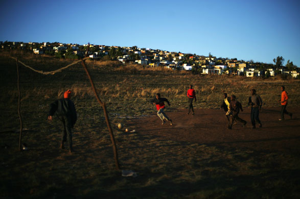 Football-in-South-Africa--003