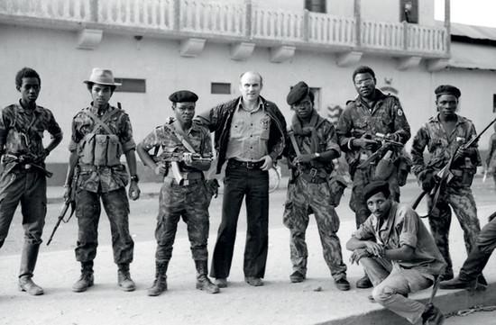 KAPUSCINSKI_Angola 1975
